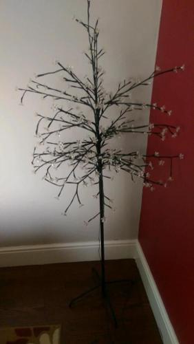 Tall tree lamp
