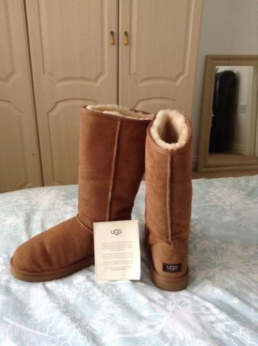 Tan Ugg Boots size 8