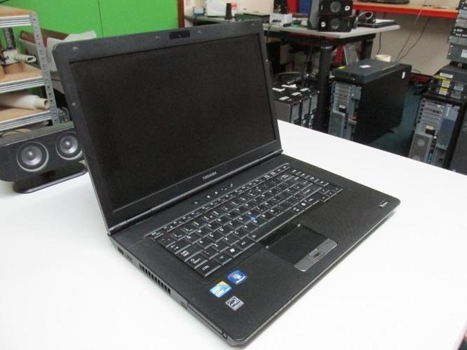 Toshiba Tecra A11-17K (Intel Core I3-M350 @ 2.27 Ghz,