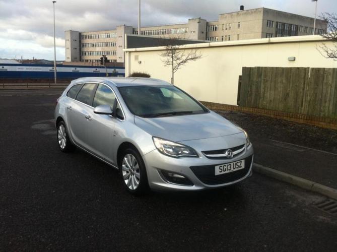 Vauxhall/Opel Astra 1.6i VVT 16v ( 115ps ) 2013MY SE