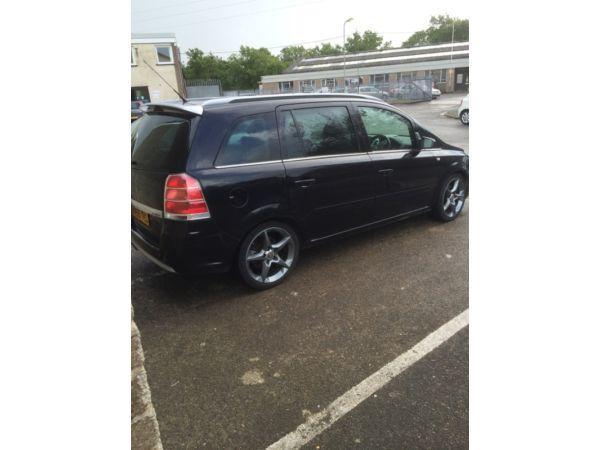 Vauxhall Zafira 2.0turbo petrol £2400