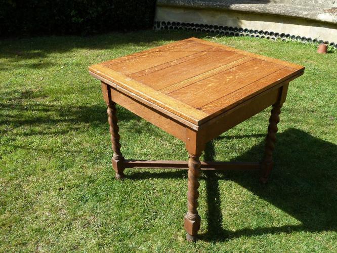 Vintage Oak draw leaf table with Barley twist legs