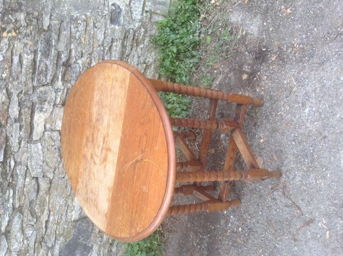 Vintage Oval drop leaf table