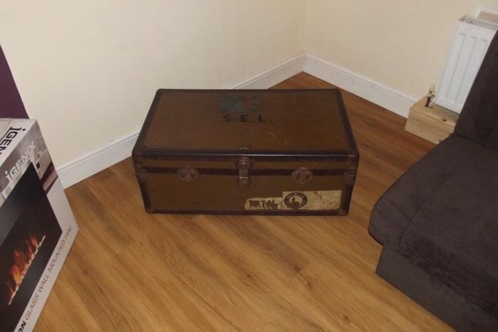 Vintage Steamer Trunk Coffee Table Storage Genuine Item