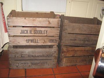 vintage wooden apple fruit bushel crates crate box boxes for sale in peacehaven east sussex. Black Bedroom Furniture Sets. Home Design Ideas