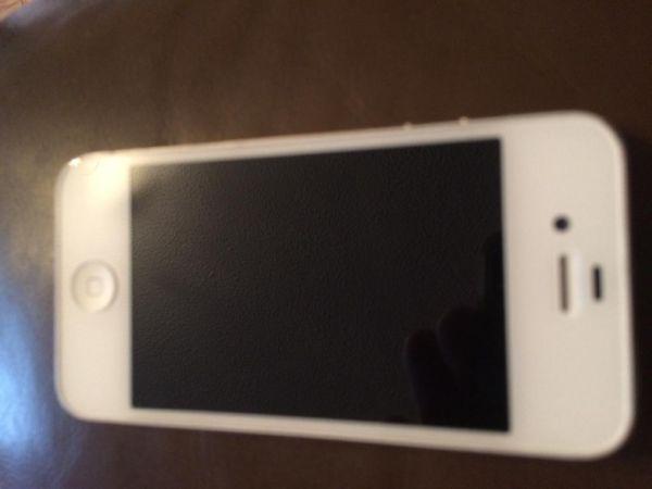 White apple iPhone 4s 16 gb vodafone