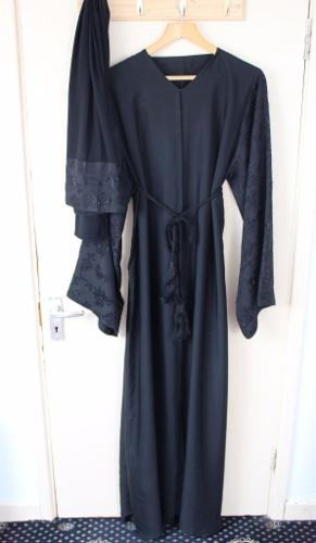 Women's Abaya with Belt and Scarf
