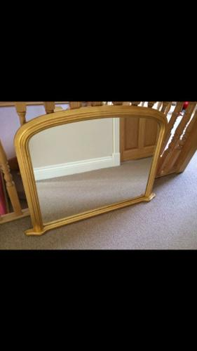 X2 beautiful mirrors FOR SALE