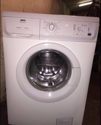 Zanussi washing machine £70