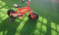 12 inch lightning mcqueen bike ex condtion not had much