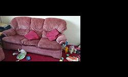 Red 3 piece suit sofa - £30 collection Asap from