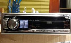 ALPINE CD PLAYER LIKE NEW ALL IN GOOD WORKING ORDER CAN