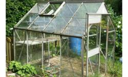 Aluminium 8x6 glass greenhouse comes with two shelves