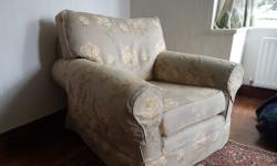 Armchair (Multiyork) in excellent condition. Extremely