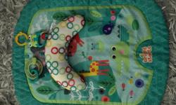 Baby brightstarts tummy time mat immaculate condition