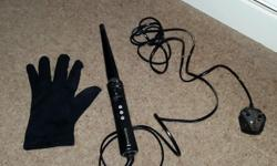 Babyliss Curling Wand and Heat Protective Glove. Hardly