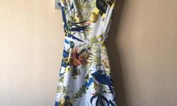 Size 14 beautiful lemon navy and white swing dress,