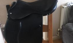 This saddle is 17.5 inch ,7 inches d to d , it is like