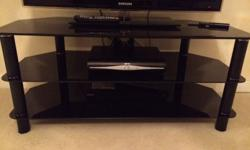 Black TV unit in good condition black legs no damage or