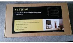BRAND NEW BOXED SERANO 42� SMOKED GLASS TV STAND 3