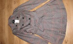 Lovely fabric coat from H&M in size 10. Brown checked