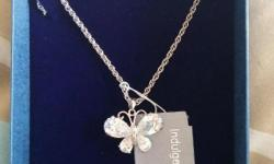 Butterfly necklace never been worn or out of case