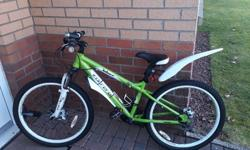 Green Carrera18 speed. Suit 7-13 yr old. Excellent