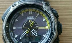 Selling casio PRW 5000 watch. Titanium strap. Buy with