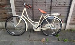 Classic Dutch style Hollander bicycle from 'made'
