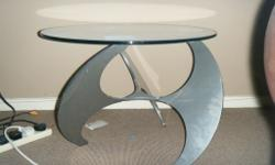"Coffee tables, Knutnestenberg lookalike .42""x 24"" oval"