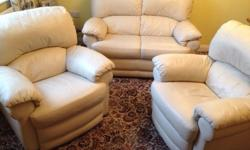 A Quality J H Hicolity Cream leather Suite in Excellent