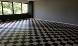 MODERN REFURBISHED DANCE STUDIO TO FIRST FLOOR WITH