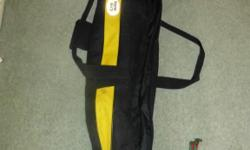 Dadded Snow & Rock ski bag designed for 2 pais of skis
