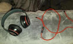 Official Dr Dre beats solo 2 for sale selling due to no