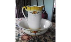 For sale: Edwardian jug and washbasin. Ideal for