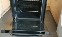 Bush electric cooker black excellent condition 6months