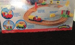 Fisher price little people train set with sounds in
