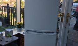 Large HOTPOINT iced diamond fridge/freezer, clean good
