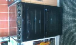 Black Zanussi gas cooker 6 months old,immaculate