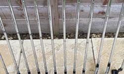 Excellent condition Cleveland clubs Graphite