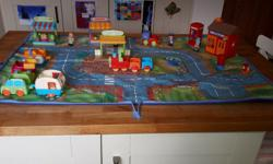 Includes Happyland village playmat, post office set,