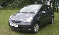 We are delighted to offer for sale this HONDA Jazz SE