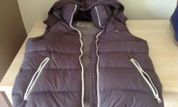 Jack wills body warmer, size 12, has a hood, in good