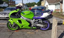 KAWASAKI ZX7R 24.000 MILE . NEW MOT .FOR MORE INFO OR