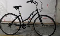Ladies Town Bike. 700c Wheels. Collect from 62 Pitt