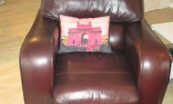 Sofa and armchair in good condition, very comfortable