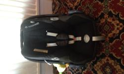 Maxi Cosi 0-9mths car seat. Black. Good Condition. Only