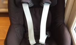 Used Maxi-Cosi Pearl car seat in excellent condition,