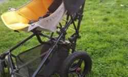 Fast fold super light stroller, comes with additional