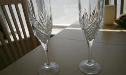 Pair of Crystal flutes in very good condition